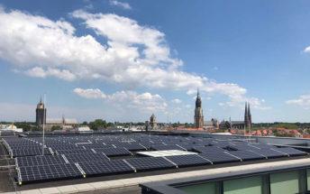 Zonnepanelen op het stadskantoor van Delft